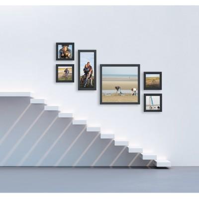 Mur de cadres cosy gallery escalier 2 - Disposition cadre photo mur ...