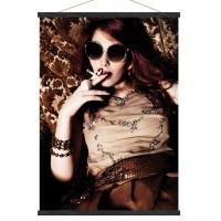 Toile décorative Femme Cigarette